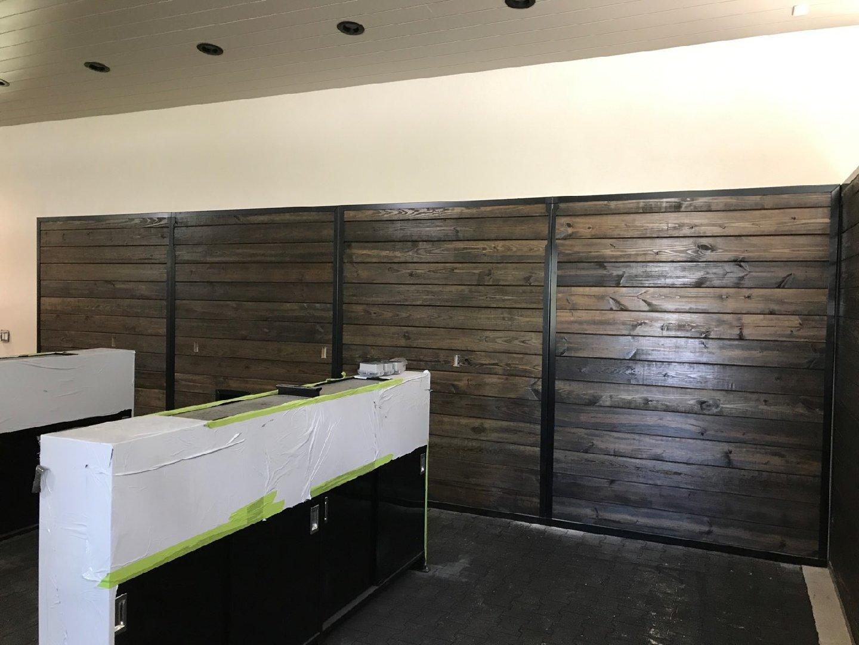 Stall Divider No. 2L